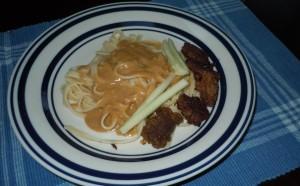 Linguini with Peanut Sauce & Seitan - Vegan